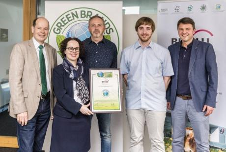 Norbert Lux (Green Brands), Christine Schwarz-Fuchs (BuLu-Geschäftsführerin), Alan Masetti (Produktionsleiter), Daniel Weiskopf (Controlling), Dr. Kurt Fischer (Bürgermeister Lustenau)