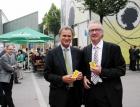 WKV Präsident Manfred Rein mit Vize Edi Fischer sichtlich gut gelaunt vor der Condomerie